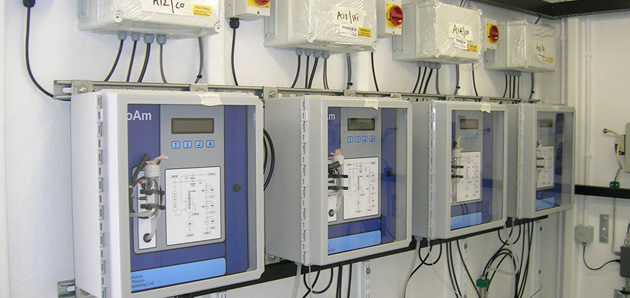 Proam analysers pre-mounted into walk-in kiosk